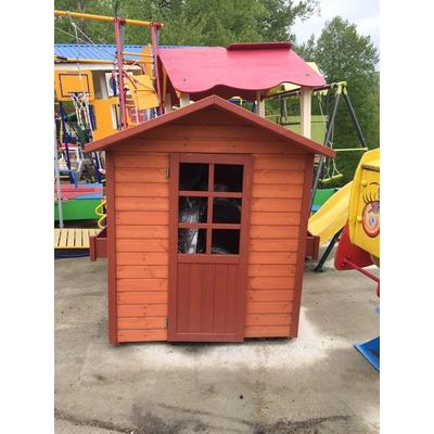 Домик деревянный с цветочницами (фото)